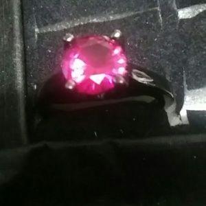 New Hot pink fuchsia gunmetal size 81\2